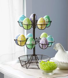 We designed these #eggs using just masking tape! #easter #crafts