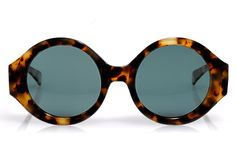 Scoop Up Iris Apfel's New Sunnies Collection In S.F. NOW! #refinery29
