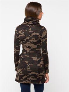 Felpa donna Met modello ROUGH con particolare collo e spilla stile militare…