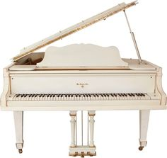 Elvis Presley's White Knabe Grand Piano... I dream of owning a grand piano one day