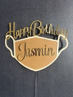 Discover recipes, home ideas, style inspiration and other ideas to try. 18th Birthday Gifts For Girls, 25th Birthday Cakes, Happy Birthday Signs, Happy Birthday Cake Topper, 25th Birthday Ideas For Her, 13 Birthday, Ideas Decoracion Cumpleaños, Diy Cake Topper, Cupcake Toppers