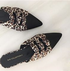 #mules #shecollection #slides Slippers, Flats, Shoes, Fashion, Loafers & Slip Ons, Moda, Zapatos, Shoes Outlet, La Mode