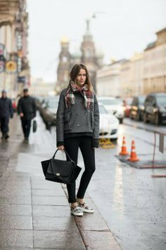 Black-grey-plaid