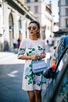 Dolce & Gabbana Hydrangea Shift Dress with Sunglasses // NotJessFashion.com // Floral Dresses, Round Sunglasses, Summer Outfit Ideas, Cute Summer Outfits, Pastel Blue Bag, Top Handle Purse, Designer Handbags, Floral Shift Dress, Floral Outfits, Asian Blogger, New York Fashion Blogger