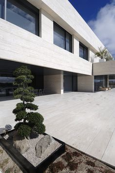 HOUSE IN POZUELO