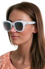 LE SPECS RUNAWAYS COCONUT Le Specs, Running Away, Cat Eye Sunglasses, Eyewear, Eye Candy, Coconut, Eyes, Accessories, Fashion
