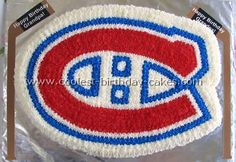 Take a look at the coolest homemade Hockey sports cakes. You'll also find loads of homemade cake ideas and DIY birthday cake inspiration. Diy Birthday Cake, Beautiful Birthday Cakes, Twin Birthday, Hockey Birthday Parties, Hockey Party, Montreal Canadiens, Hockey Cakes, Hockey Decor, Sport Cakes