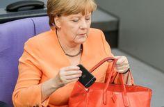 Angela Merkel am 1. Juli im Bundestag: Ordnung muss sein. (Foto: dpa)