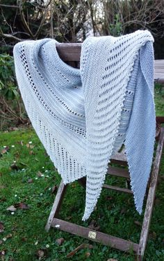Kettle Yarn Co. ISLINGTON Vestige and Chambray...Ravelry: Pipoune's Caméo for Mummy