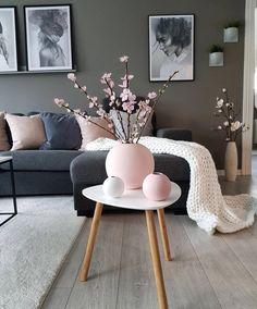 Is To Me - Skandinavisches Design, Haushaltswaren, Accessoires und mehr, Home Living Room, Living Room Designs, Living Room Decor, White Home Decor, Modern Decor, Room Inspiration, House Design, Interior Design, Interior Modern