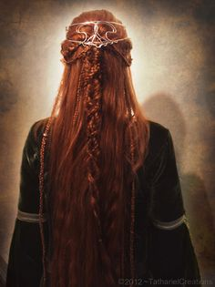 elf hair braided | Girl Elf From Lord of the Rings