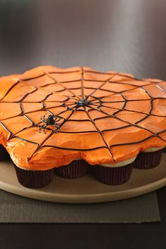 Make a special Halloween treat that's as fun to decorate as it is to pull apart and eat! It's just as simple as making regular cupcakes: just arrange them on your serving tray and frost them all together. Let the kids add spider gummies or plastic spiders to complete the look.