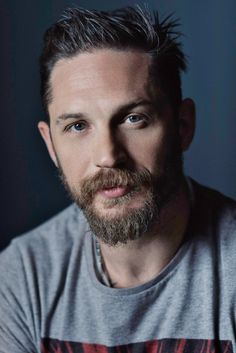 Tom Hardy of 'Legend' poses for a portrait during the 2015 Toronto Film Festival on September 2015 in Toronto, Ontario. Tom Hardy Variations, Kino Box, Tom Hardy Hot, Toronto Film Festival, Right To Privacy, Thing 1, Perfect Man, Man Crush, Beautiful Men