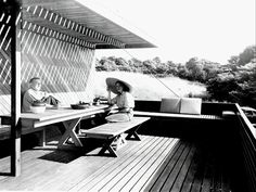 Pedro E. Guerrero : Marcel and Connie Breuer, New Canaan, Connecticut (1949) | Architect : Marcel Breuer