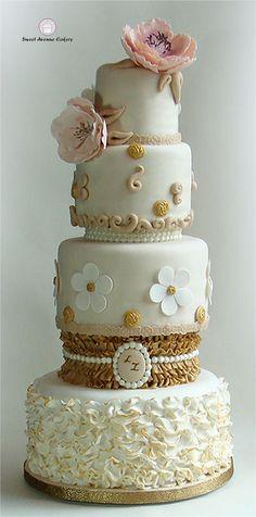 Ruffled Vintage Wedding Cake
