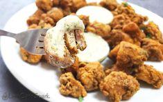 The best Crispy Keto Fried Chicken - Low-Carb Gluten-Free Recipe Ketogenic Recipes, Gluten Free Recipes, Low Carb Recipes, Best Keto Pancakes, Crockpot, Fried Chicken Recipes, Keto Chicken, Chicken Legs, Chicken Breasts
