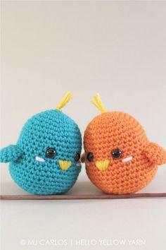Örgü kuş modellerine bir yeni model daha ekliyoruz. Çok sevimliler. Evinizin birçok köşesinde , örgü çıngırak modelleri olarak da yapabilirsiniz. Birine şa