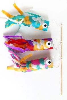 Japanese Flying Fish. Create these little fishes, wave them around and watch the pretty colours fly! #craft #kidscraft