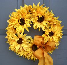 Sunflower Wreath - Creative Decorations by Ridgewood Designs