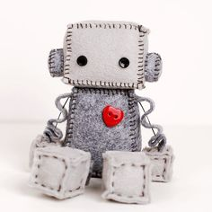 Felt Robot por GinnyPenny en Etsy