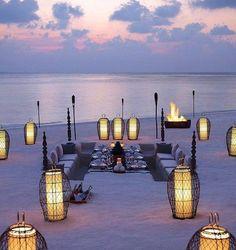 Great idea for beach wedding reception!