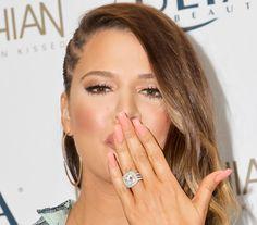 khloe kardashian wedding ring – Wedding Tips Khloe Kardashian Ring, Kim Kardashian Engagement Ring, Estilo Kardashian, Kardashian Wedding, Kardashian Style, Kardashian Jenner, Indian Wedding Rings, Celebrity Wedding Rings, Diamond Wedding Rings