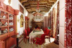 17th Century Seville Palace - Lorenzo Castillo Design