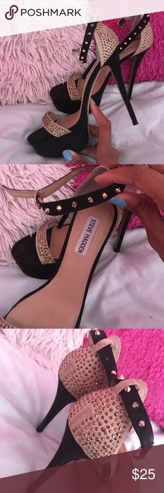 Steve Madden best event shoes ever! Classy and great for any occasion. Very comfortable. Worn once Steve Madden Shoes Heels