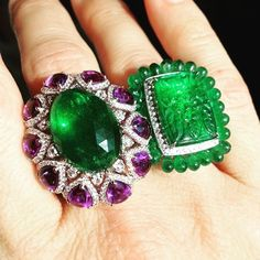 Repost from @williamnoblerarejewels … What amazing rings! Loving the vibrancy and impact of these rings, bold green of emeralds and popping purple of amethysts