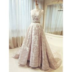 Charming Lace Sweetheart Neck Half Sleeves Wedding DressLong