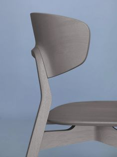 archiproducts:NONOTO: the first solid wood chair by Zeitraum Design Julia Läufer + Marcus Keichel #isaloni http://bit.ly/1yRPMAZ