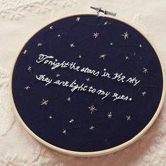 #Hoop #Embroidery #Handembroidery #Handmade #littlestitchesportugal #bastidor #bastidorbordado #bordar #ricamo #ricamoamano #needlework #needlepoint #stars