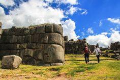 Disfrutando de Saqsaywaman, en los alrededores de Cuzco