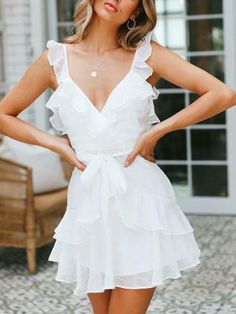 7 Different Dress Styles to Try this Summer - Joanna Rahier Source by phyllel., 7 Different Dress Styles to Try this Summer - Joanna Rahier Source by phylleli dresses. Elegant White Dress, Beautiful White Dresses, Pretty Dresses, Sexy Dresses, Fashion Dresses, Elegant Dresses, Simple White Dress, Formal Dresses, Awesome Dresses