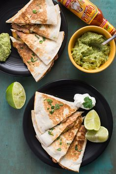 Use vegan cheese Recipe: Spinach and Refried Bean Quesadillas — Lunch Recipes from The Kitchn Vegetarian Recipes Dinner, Lunch Recipes, Mexican Food Recipes, Cooking Recipes, Healthy Recipes, Easy Recipes, Spinach Recipes, Chinese Recipes, Vegetarian Cooking