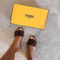 ae1a64f7a73065 #Fendi Slides 🤩🙌 @velaire_footwear ✓ Cute Sandals, Cute Shoes, Shoes