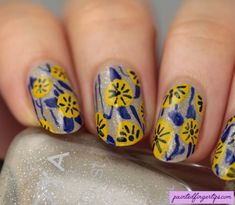 Abstract Floral | The Digital Dozen Does Inspired by Each Other - Painted Fingertips