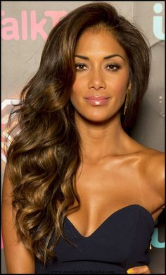 Nicole Scherzinger's Ultra-Volume Waves Make A Glam Statement, 2013 ~ www.look.c… Nicole Scherzinger's Ultra-Volume Waves Make A Glam Statement, 2013 Winter Hairstyles, Down Hairstyles, Side Curls Hairstyles, Volume Hairstyles, Night Out Hairstyles, Formal Hairstyles For Long Hair, Hairstyles Pictures, Modern Hairstyles, Medium Hairstyles
