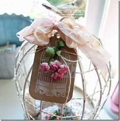 birdcage tag/roses