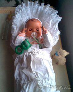 Retro celuloidová panenka NÁDHERNÁ - 1 Vintage Dollhouse, Dollhouse Dolls, Petra, Baby Car Seats, Nostalgia, Childhood, Memories, Toys, Children