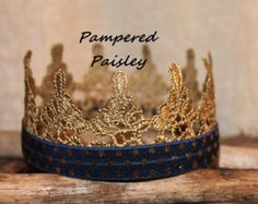 These handsome crowns are the perfect accessory for any little prince. A skinny elastic strap can be added at no extra charge. These crown are 4 in diameter and are perfect for birthdays, photo props, and dress up. They also make great cake toppers for photo ops