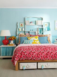 Create a custom headboard using the drawers of an old dresser! Get storage solutions for small bedrooms: http://www.bhg.com/decorating/small-spaces/strategies/storage-solutions-for-small-bedrooms/?socsrc=bhgpin050413dresserheadboard=13