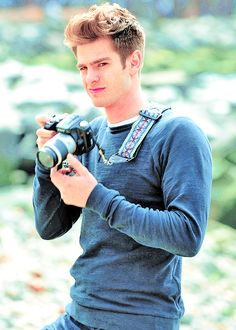 Andrew Garfield/ Peter Parker is kinda freaking perfect... he's a photographer and skate boarder can I just like marry him now??