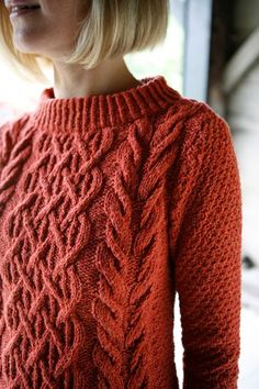 Free sweater knitting pattern: Beatnik by Norah Gaughan. Beatnik is a modern version of a cabled fisherman sweater with a nod to the beatnik in its boat neck and fitted shape. Jumper Patterns, Sweater Knitting Patterns, Knit Patterns, Cable Knitting, Free Knitting, Pull Torsadé, Knitting Magazine, Beatnik, Knitwear Fashion