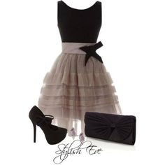 Very cute! Fun outfit for a girls night out!