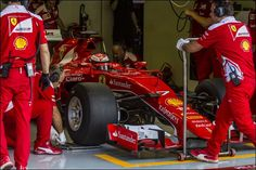 Pirelli userà muletto Ferrari per primo test del 2017