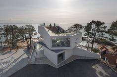 Gijang Waveon / Heesoo Kwak and IDMM Architects