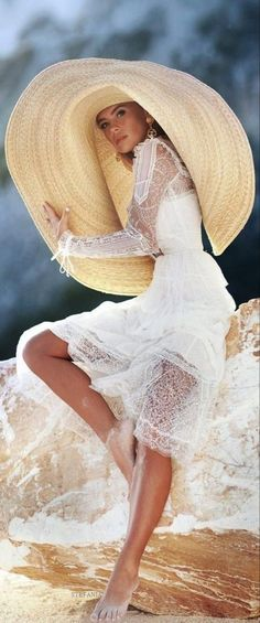 Outdoor Fashion, Wearing A Hat, Girl With Hat, Summer Hats, Hats For Women, Panama Hat, Editorial Fashion, Fashion Photography, Female
