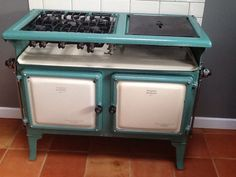 Gas Home Cookers Gas Range Cookers, 1940s Kitchen, Old Stove, Stoves, Diorama, 1930s, Vintage, Home, Skillets