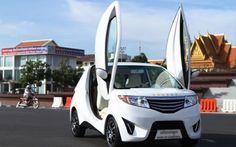 ประเทศเพื่อนบ้านเราอย่างกัมพูชา  ได้สร้างสวรรค์รถยนต์ไฟฟ้าขึ้นมีนามว่า อังกอร์ คาร์ (Angkor Car)